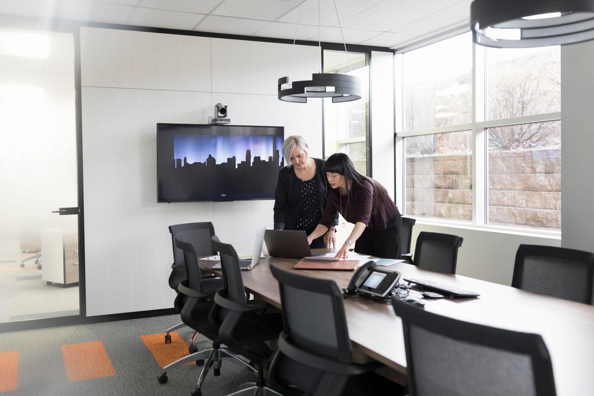 , Key Technology for Hybrid Work Space