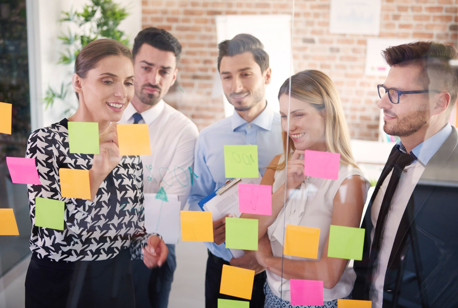 , Helping Managers Adapt to the New Hybrid Working Model