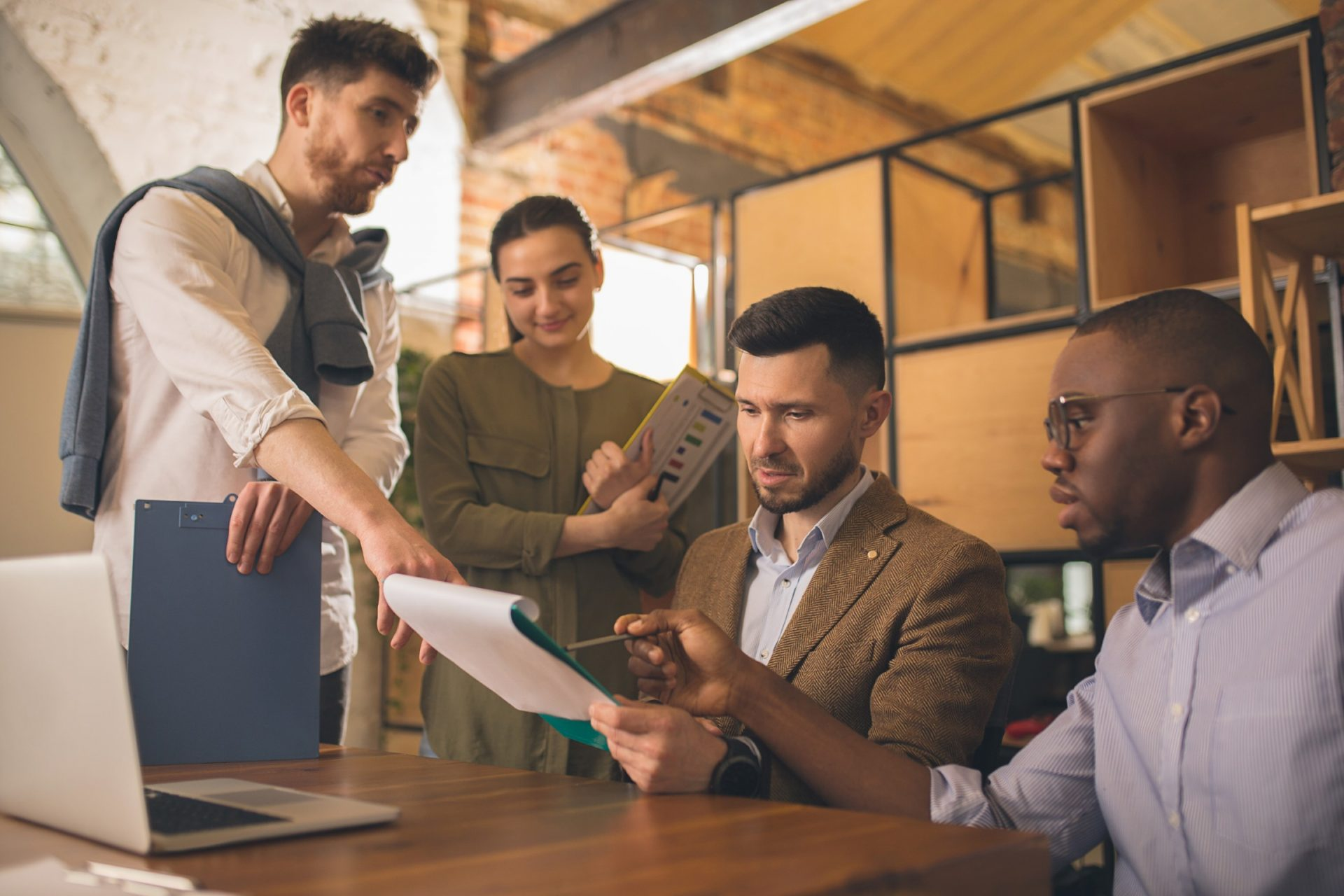 , How Hybrid Office Design Helps High Performing Teams